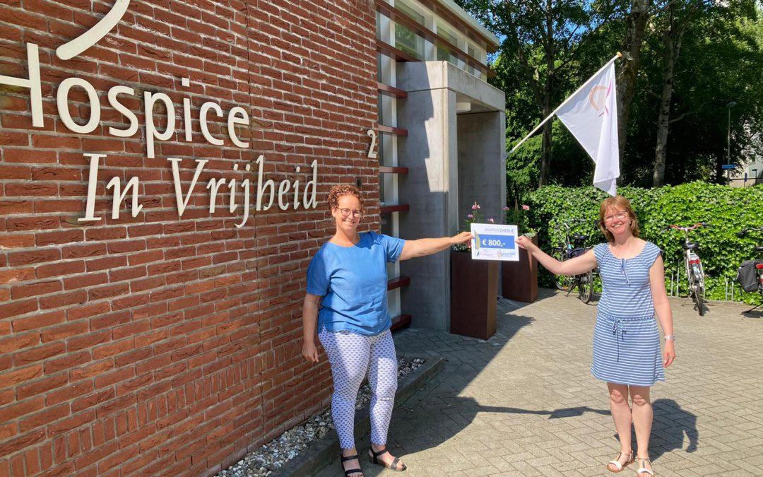 Serviceclub Innerwheels schenkt cheque t.w.v. € 800,-